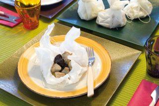 Bocconcini di maiale con prugne secche e cipolline