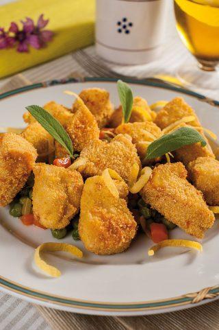 Bocconcini di pollo al mais con piselli e limoni di Amalfi