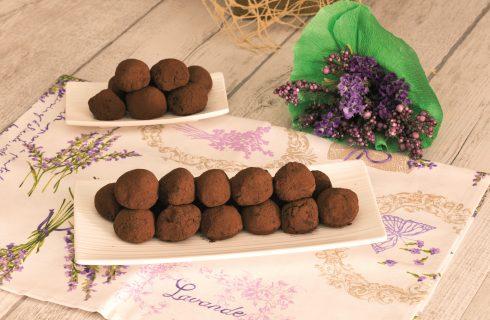 Cioccolatini vegani al cacao e fagioli