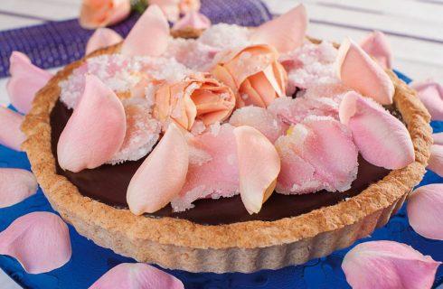 Crostata con le rose candite: per San Valentino