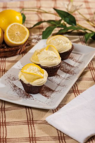 Cupcake al cioccolato con crema al formaggio