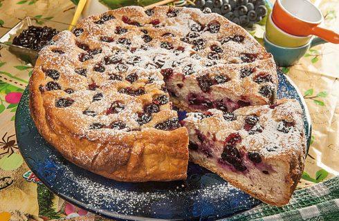 Focaccia dolce all'uva fragola: per la merenda