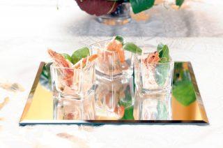 Insalata di gamberi, spinaci e germogli di soia