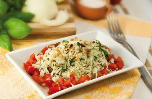 Insalata di riso alle erbe: pranzo estivo