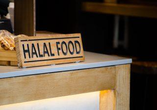 Boom di certificazioni halāl, gli alimenti permessi da Maometto