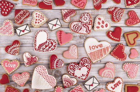 10 ricette di romantici biscotti di San Valentino da regalare