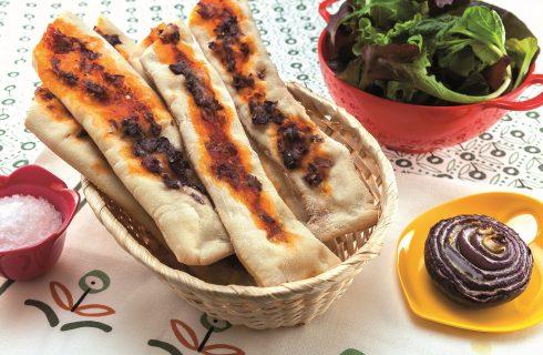 Ciabatte di pizza con cipolla al barbecue: uno sfizioso finger food