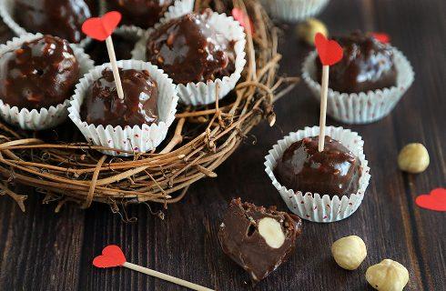 Praline al cioccolato e nocciole: aspettando San Valentino
