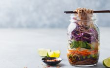 13 modi di usare i barattoli in cucina