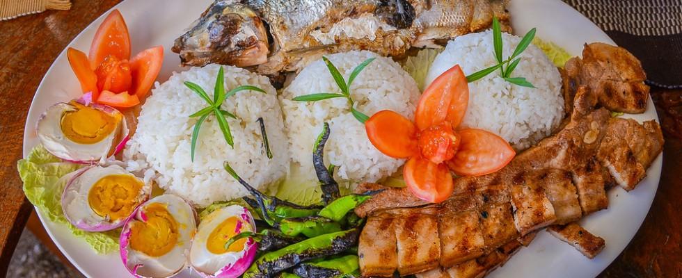 Se andate nelle Filippine, non potete non assaggiare questi 10 cibi