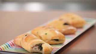 Brioche alla panna con salsiccia e friarielli: la video ricetta