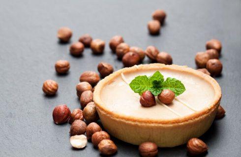 La ricetta della crostata nocciole e cioccolato bianco