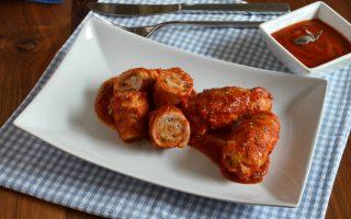 Involtini di tacchino al sugo: appetitoso secondo piatto