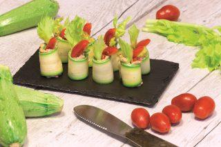 Involtini di zucchine con anacardi, senza cottura