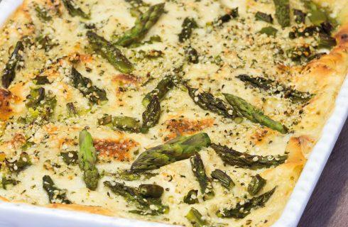 Lasagna di carasau agli asparagi, semplice e veloce
