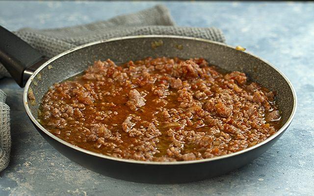 Ricetta Ragu Di Salsiccia.Ricetta Lasagne Al Ragu Di Salsiccia Provatele A Pasqua Agrodolce