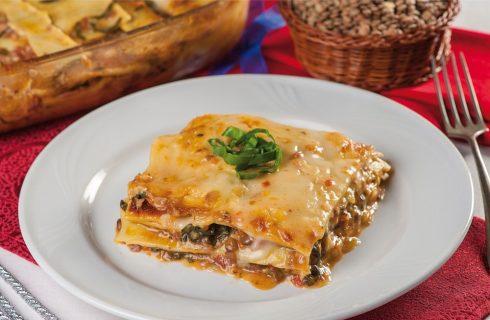 Lasagne alle lenticchie, cotechino e bietoline