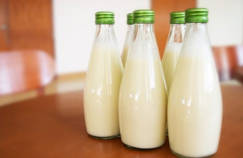 Latte di piselli: l'ultima alternativa vegetale al latte di mucca