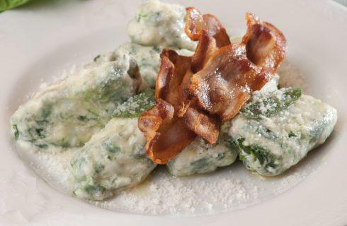 Malfatti bergamaschi con pancetta croccante