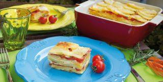 Millefoglie di patate, pomodori e peperoni