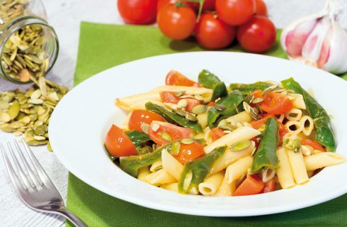 Penne con friggitelli e pomodorini: primo piatto vegetariano