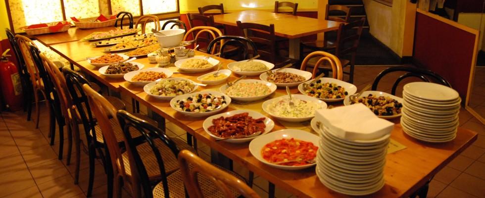 Milano: 6 ristoranti rimasti negli anni '80 che amiamo