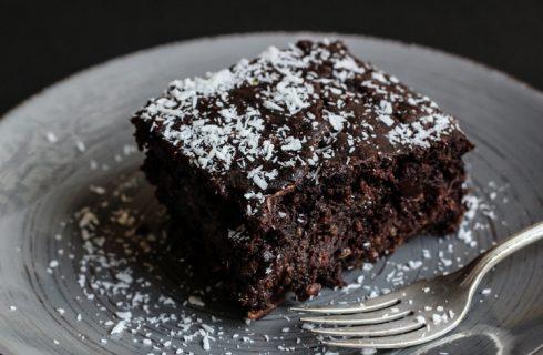 La ricetta della torta cioccolato fondente e cocco senza uova