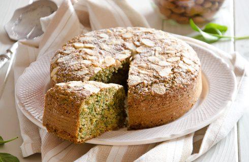 Torta di spinaci e mandorle: soffice e gustosa