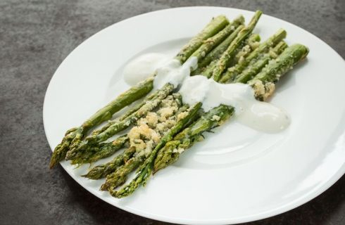 Asparagi alla parmigiana, la ricetta gustosa