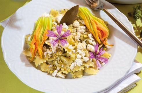 Pasta con pesto di zucchine arrostite
