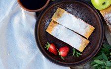 La ricetta della pasta sfoglia ripiena di ricotta e marmellata