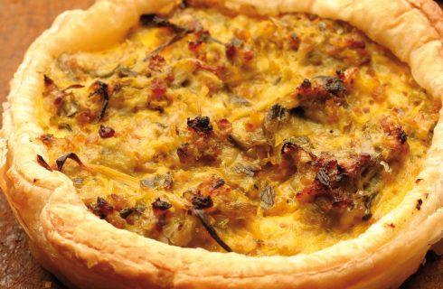Quiche con cipollotti, formaggio e pinoli al bimby
