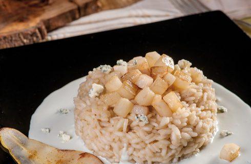 Risotto con pere e crema di gorgonzola