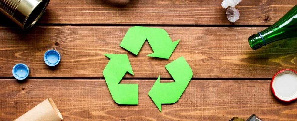 Guida al riciclo: 3 cose che dovreste riciclare (e 6 da buttare definitivamente)