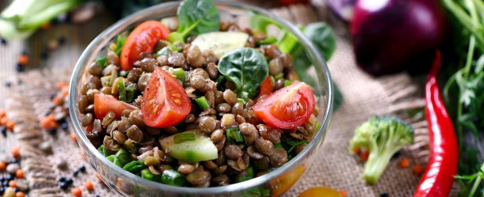 6 Insalate di legumi perfette per un pranzo al sacco