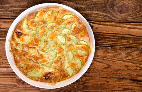 Torta salata con zucchine e tonno, la ricetta gustosa