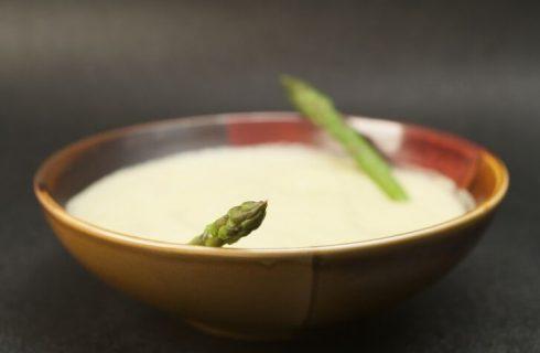 Come preparare la vellutata di asparagi e patate