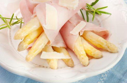 Pasticcio di asparagi bianchi e prosciutto cotto: la ricetta sfiziosa