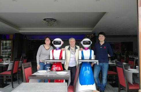 In Italia arrivano i camerieri robot