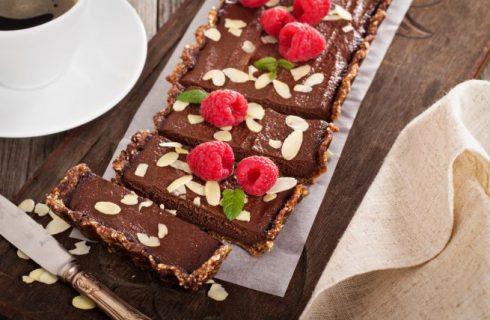 Crostata con amaretti e cioccolato, la ricetta facile