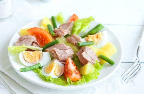 Insalata di patate tonno e uova sode, la ricetta facile