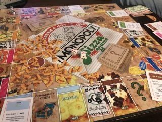 Giocare con il cibo: arriva il Monopoly Pizza Game