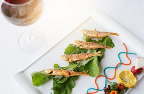 Riscaldare il pesce fritto avanzato, ecco come fare