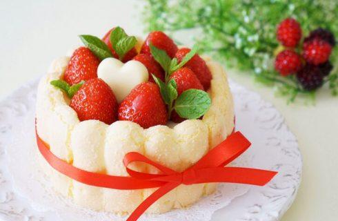 Semifreddo alle fragole con pavesini e ricotta: la ricetta golosa