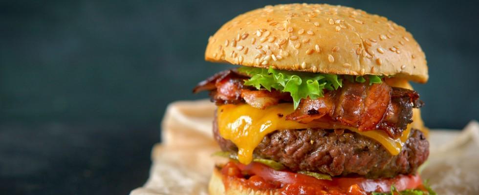 World Hamburger Day: 26 hamburger iconici dal mondo