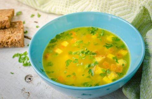 Zuppa imperiale, la ricetta originale con semolino