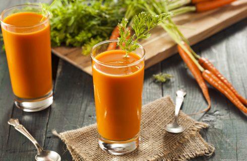 Centrifugato di cetriolo e carote, la ricetta facile