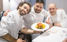 Fare la pasta al pomodoro secondo 3 chef