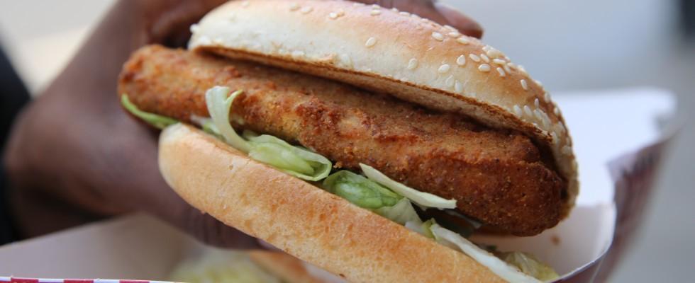 KFC lancia il burger di pollo senza carne