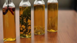 Olio aromatizzato: 4 modi per insaporire i vostri piatti